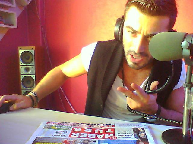 FARUKNAYT MORNİNG SHOW ON AİR 08:00  - 11:00 (HAFTA İÇİ)